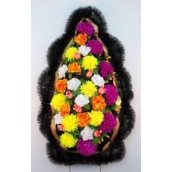 Венок ритуальный с большими хризантемами 172 ФБУ